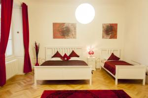 Cherry Charm Apartments