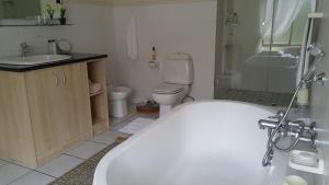 Riversong Guest House, Гостевые дома  Кейптаун - big - 29