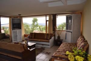 Miravalle Suites, Penziony – hostince  Paipa - big - 12