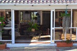 Miravalle Suites, Penziony – hostince  Paipa - big - 89