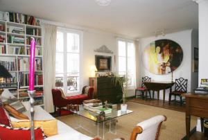 Le Marais - Parisian 2-bedroom apartment
