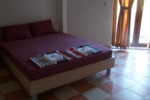 Rot Hotel