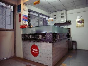 Hotels Reviews: OYO 671 Hotel Alpine – Picture, Prices & Deals