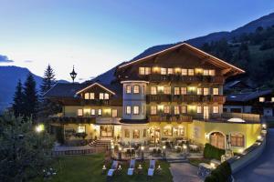 Landhotel Untermüllnergut - Hotel - Dorfgastein