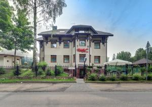 Shuvaloff Hotel