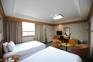 Hotel Savoy, Hotels  Changwon - big - 6