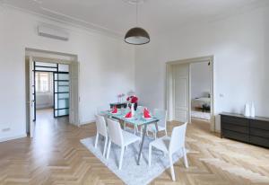EMPIRENT Grand Central Apartments, Apartmanok  Prága - big - 4