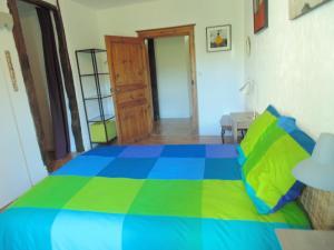 La Salamandre, Bed and breakfasts  Cuzac - big - 18