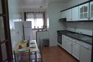 Golf & Beach Porto Gaia Apartment, Апартаменты  Вила-Нова-ди-Гая - big - 13