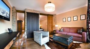 hotel near Saalbach Hotel Alpine Palace