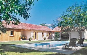 Holiday Home La Noyeraie