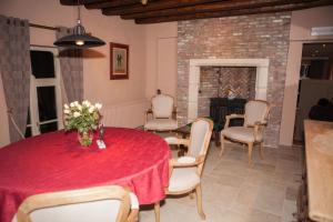 B&B Castel 't Haantje, Bed & Breakfasts  Ruiselede - big - 12