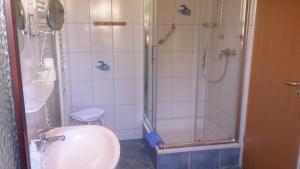 Familien- und Apparthotel Strandhof, Hotels  Tossens - big - 13