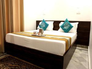 OYO Premium Luxurious Lakshman Jhula