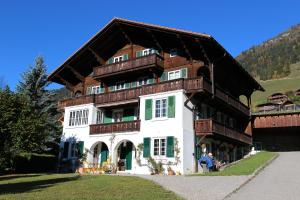 Arnica 2 - Apartment - Château d'Oex