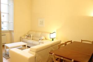 Appartamento Aprile, Ferienwohnungen  Florenz - big - 26