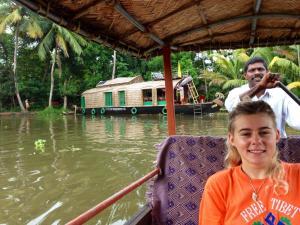 Antonys Eco Houseboat