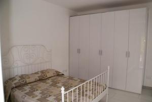 Nimue Apartment