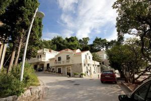Apartments Villa Petrovac