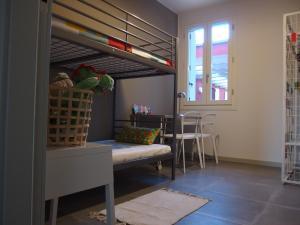 Anita, Apartmány  Cesenatico - big - 6