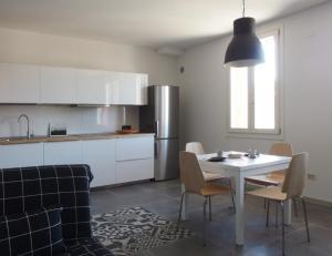 Anita, Apartmány  Cesenatico - big - 3
