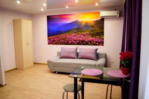 Apartment On Sheronova 123