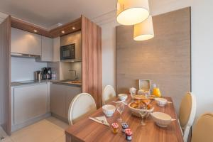 Appart'Hotel Odalys Prestige Eden, Aparthotels  Arc 1800 - big - 16