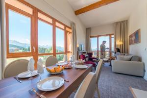 Appart'Hotel Odalys Prestige Eden, Aparthotels  Arc 1800 - big - 12