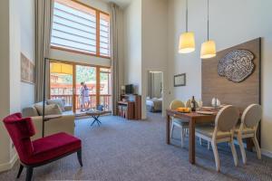 Appart'Hotel Odalys Prestige Eden, Aparthotels  Arc 1800 - big - 22