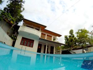 Hikkaduwa Breeze Villa