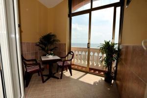 Hotel Miramare, Hotels  Ladispoli - big - 7