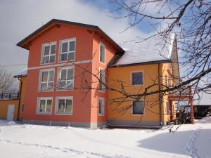 Haus Kr�pfl