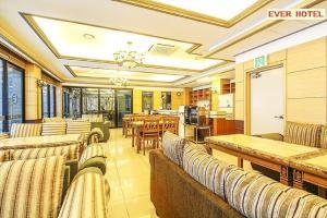 Ever Hotel Jeju, Hotely  Jeju - big - 12