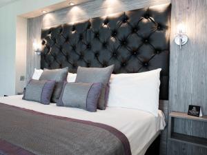 The Grand Hotel, Hotel  Swansea - big - 21