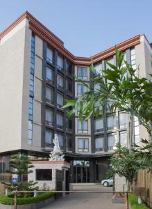 Golden Tulip Essential Lagos Airport Hotel