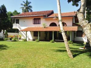 Villa Sopaya Hikkaduwa