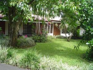 Hotel Villas Colibri, Hotels  Alajuela - big - 2