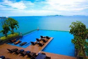 Wong Amat Beach Tower