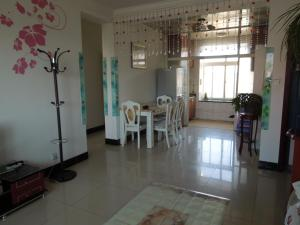 Beidaihe Hongshanhu Family Apartment, Appartamenti  Qinhuangdao - big - 15