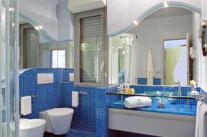 Hotel Waldorf- Premier Resort, Hotely  Milano Marittima - big - 82