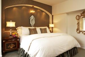 The Kimberly Hotel & Suites