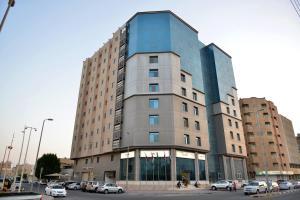 Al Merqab Tower for Hotel Suites