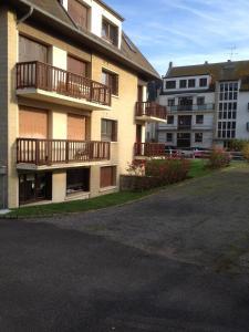 Appartement Lumineux À Deauville, Apartments  Deauville - big - 32