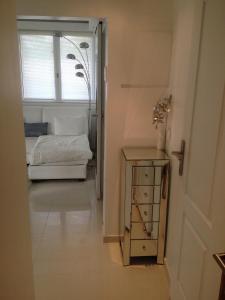 Appartement Lumineux À Deauville, Apartments  Deauville - big - 8