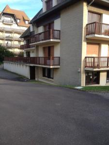 Appartement Lumineux À Deauville, Apartments  Deauville - big - 2