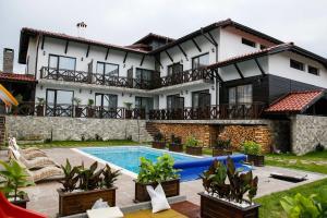 Einstein House & Spa, Guest houses  Marchevo - big - 51