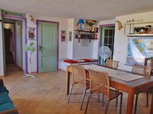 Casa Maica, Bed & Breakfasts  Cuile Ezi Mannu - big - 12