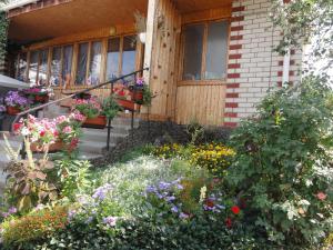 Guest House U Tatyany, Guest houses  Malorechenskoye - big - 54