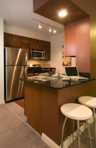 Oakwood 200 Squared, Ferienwohnungen  Chicago - big - 12