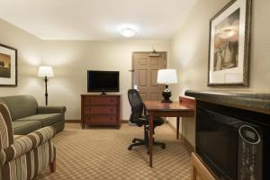 Country Inn & Suites by Radisson, Peoria North, IL, Hotels  Peoria - big - 15